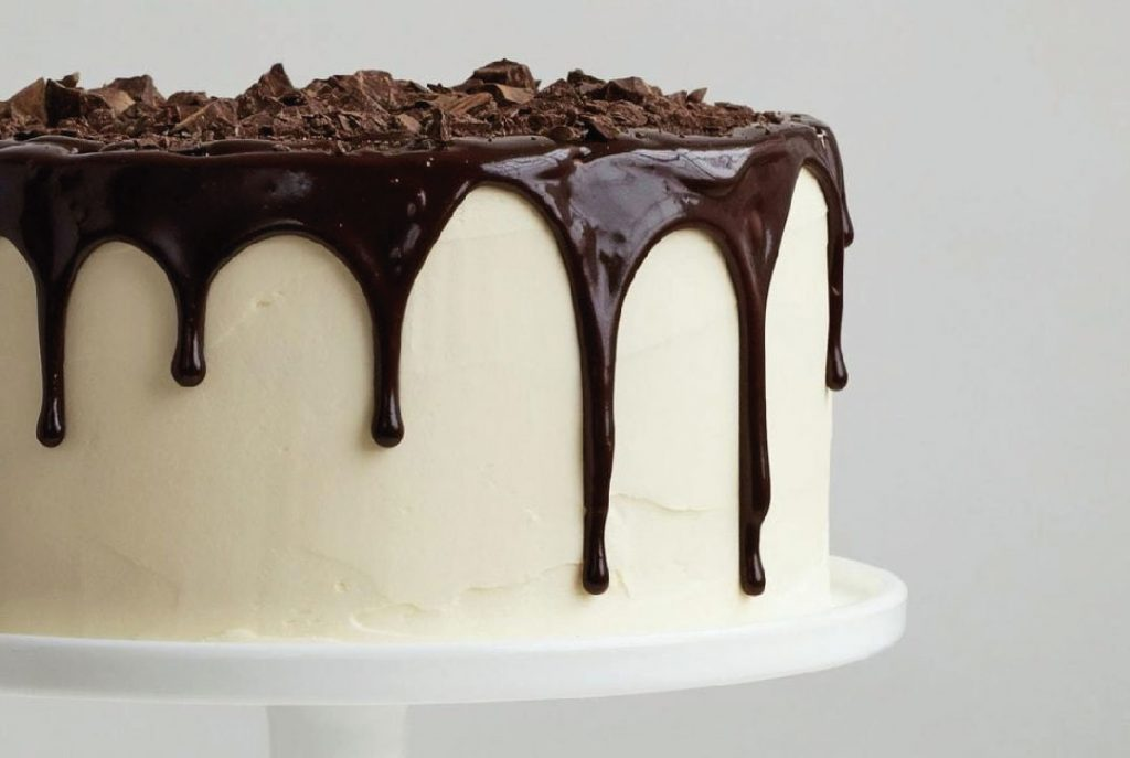 Yellow Sponge Drip Cake Chocolate